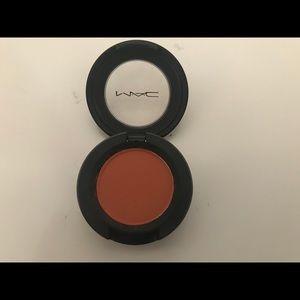 MAC Cosmetics Makeup - Mac eyeshadow Rule Matte